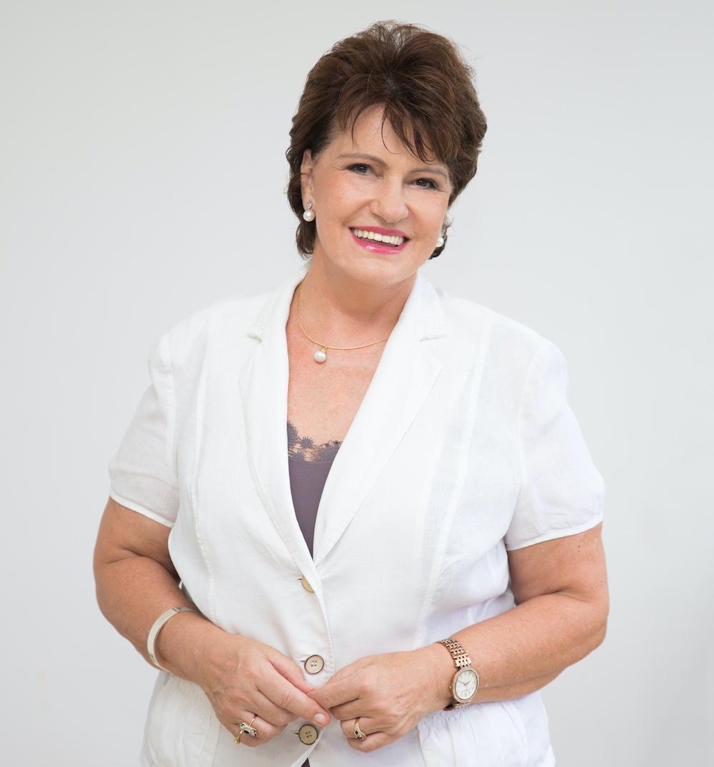 Suzette Hattingh