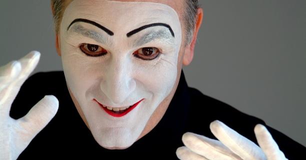 Pantomimen-Theater mit Carlos Martínez